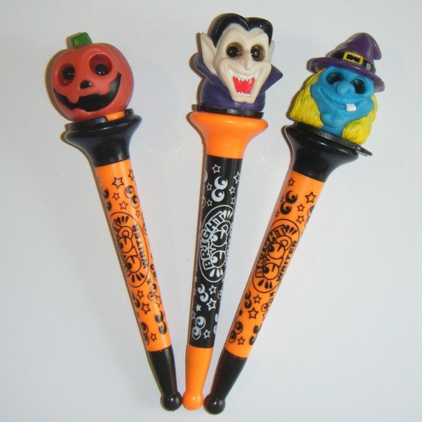 24 x Light Up HALLOWEEN Pens Wholesale Bulk Buy Pumpkin, Vampire & Witch